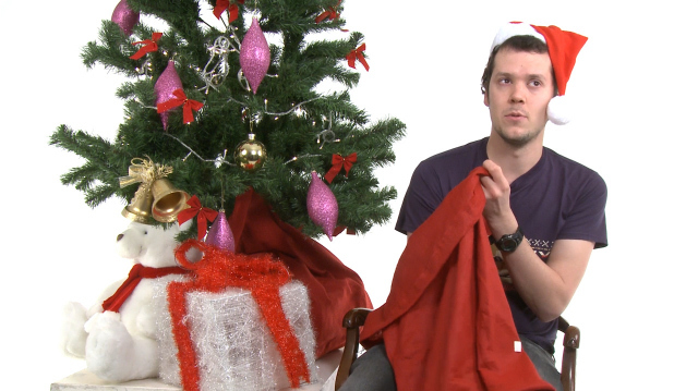 Blindfolded Ultra Street Fighter 4 Escalates the Oxbox Xmas Challenge