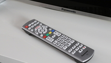 Basic controls are located on the right side of the TV, but of course you can also use Panasonic's familiar remote control.