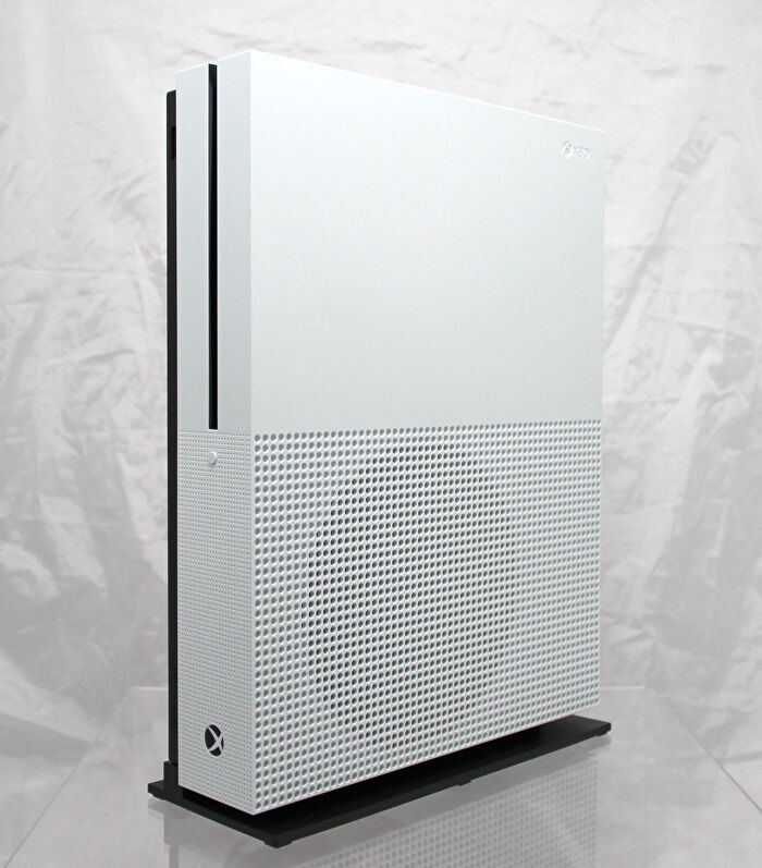Is Xbox One S Worth It Hands On Thoughts On Microsoft S