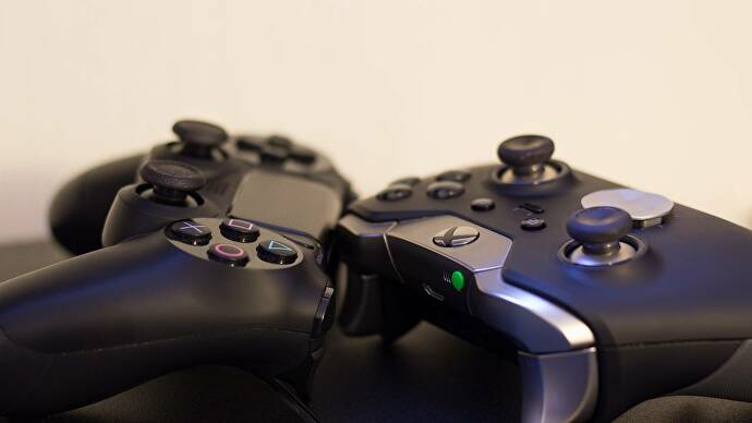 Xbox_One_PS4_controller_1280x720