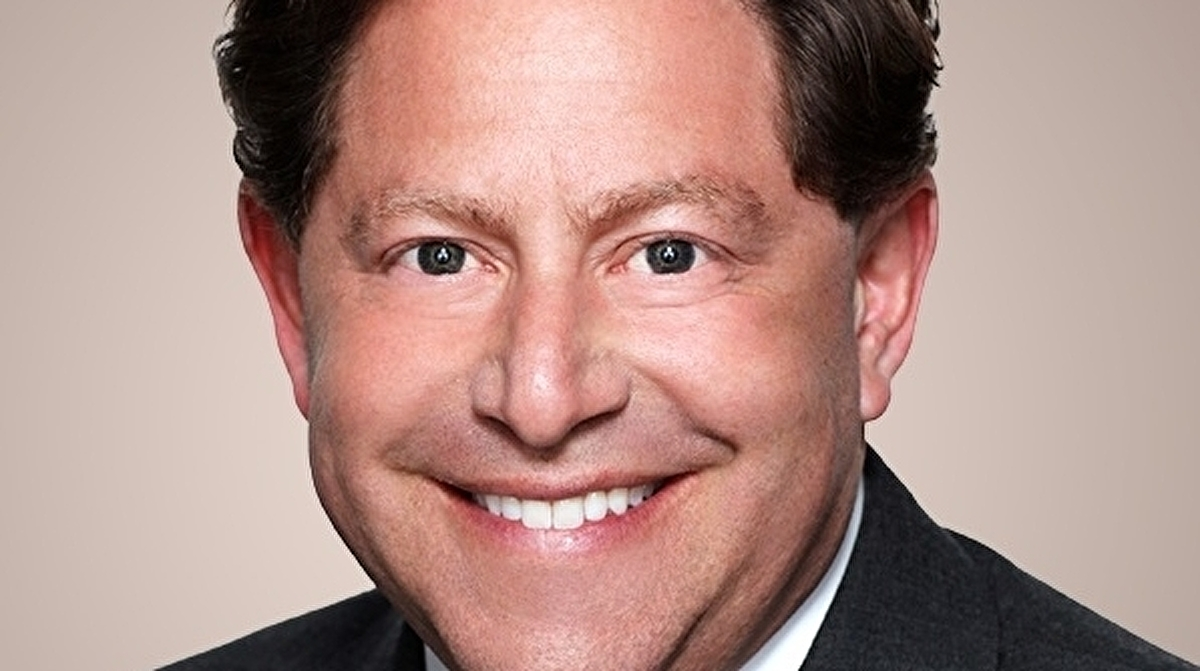 """Activision Blizzard boss Bobby Kotick tells staff company's initial response to discrimination lawsuit was """"tone deaf"""""""