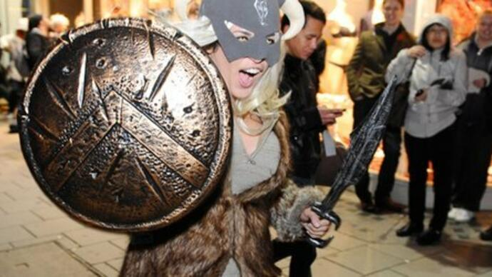 The Elder Scrolls 5: Skyrim midnight launch photos