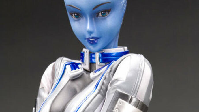 Updated Mass Effect Liara statue has smaller breasts