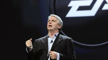 "EA CEO: ""Mobile games are not going to wipe out the console business"""