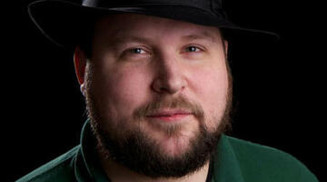 "Minecraft creator ""constantly debating"" Steam"