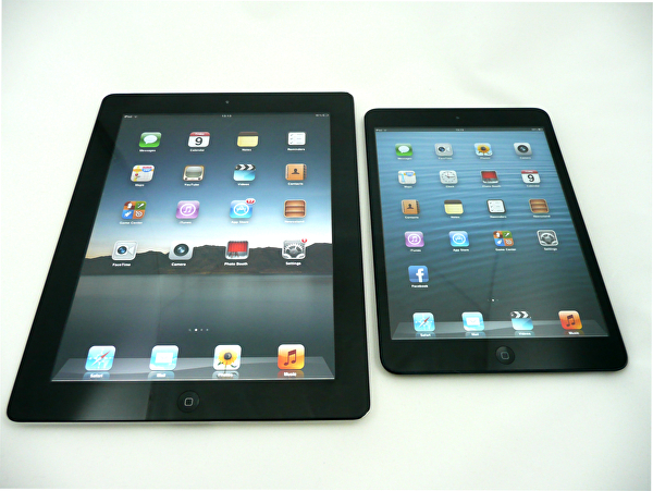The iPad mini compared with the iPad 2, the Google Nexus 7 and the iPhone 4S.