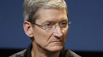"Apple CEO on Android: ""We don't have our heads stuck in the sand"""