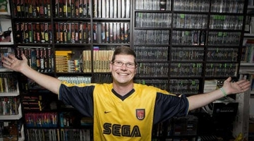 World's largest game collection sells for $750k