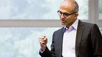Microsoft CEO commits to Xbox