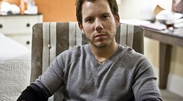 "Bleszinski: Trade shows ""a model that's eventually going to die"""