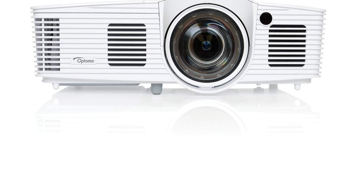 Gaming on the big screen optoma gt1080 projector review for Miroir 50in projector review