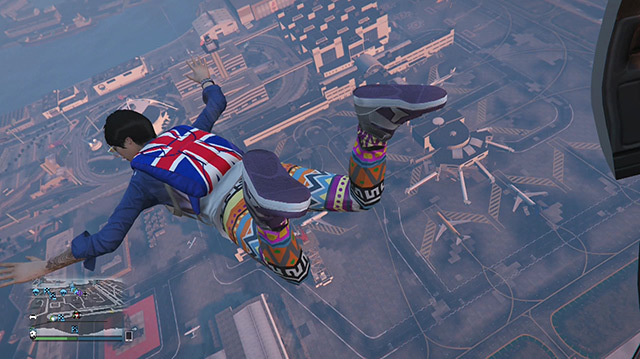 GTA 5 on Xbox One Means First-Person Skydiving onto a Flatbed Truck
