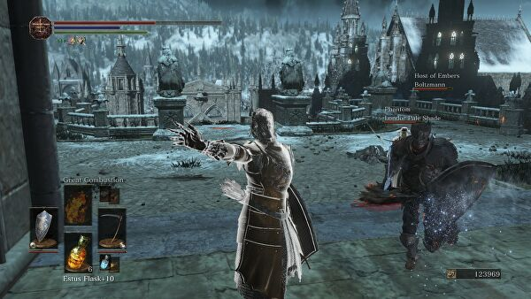 Dark souls s multiplayer is a very different absolutely