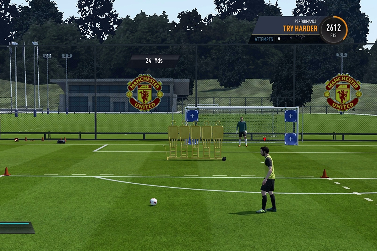FIFA 19 free kicks, penalties, and set pieces - how to take