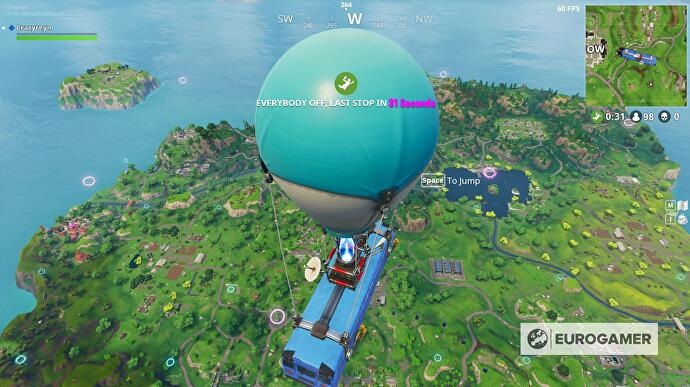 Fortnite_Fliege_durch_schwebende_Ringe_2