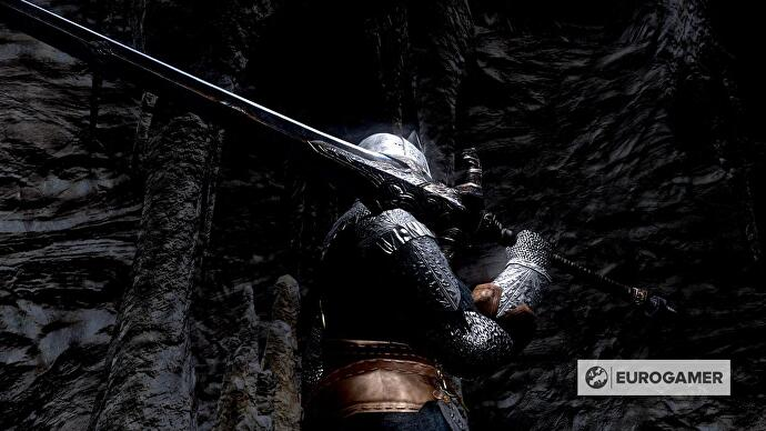 Dark Souls best weapons, from Zweihander to Uchigatana, and