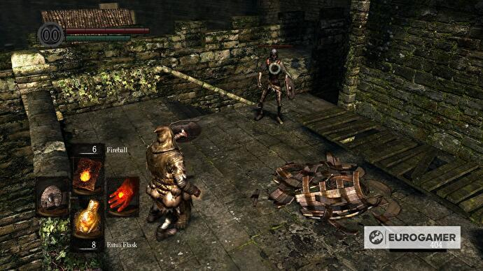 Dark Souls - Undead Burg strategy and where to use the Residence Key