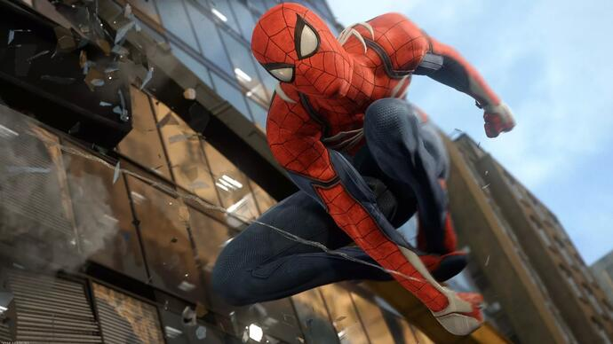 Spider-Man torna a mostrarsi in un lungo video gameplay accompagnato dal commento del creative director Brian Intihar