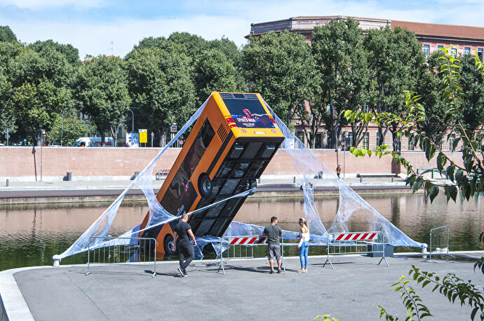 Marvel_s_Spiderman_bus_Darsena_1