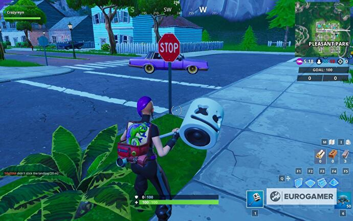 fortnite_stop_signs_1