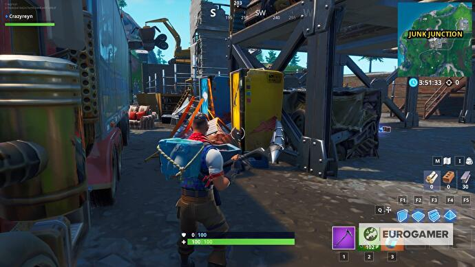 fortnite_fountain_junkyard_crane_5