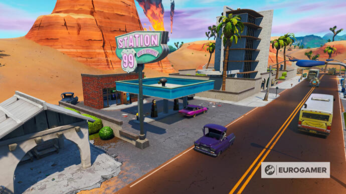 Fortnite_Season_10_Tankstelle_in_Paradise_Palms_Mission_Bunte_Ballerei