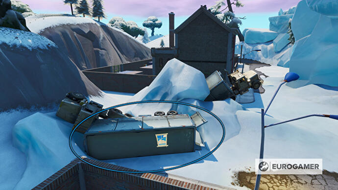 Fortnite_Season_10_Container_mit_Fenster_NO_von_Happy_Hamlet_Prestigemission_Bunte_Ballerei