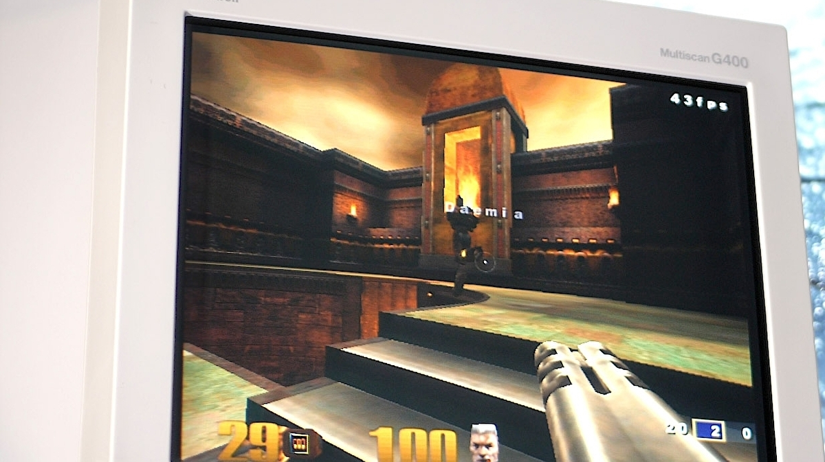 Let's play Quake 3, Half-Life and Unreal on vintage PC hardware