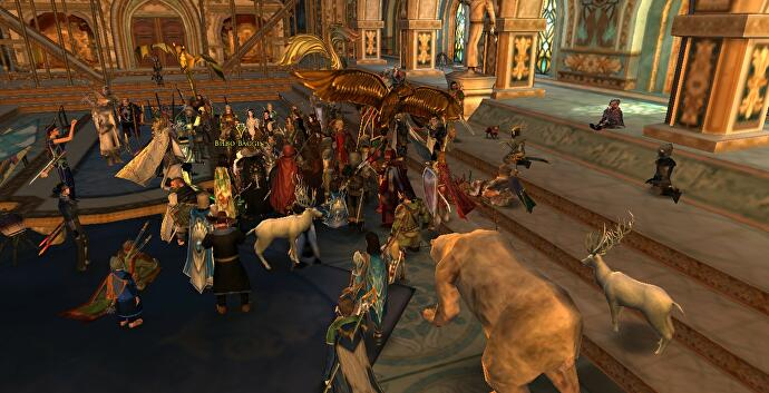 Lord of the Rings Online players gather in-game to mourn the loss of Bilbo Baggins actor Ian Holm