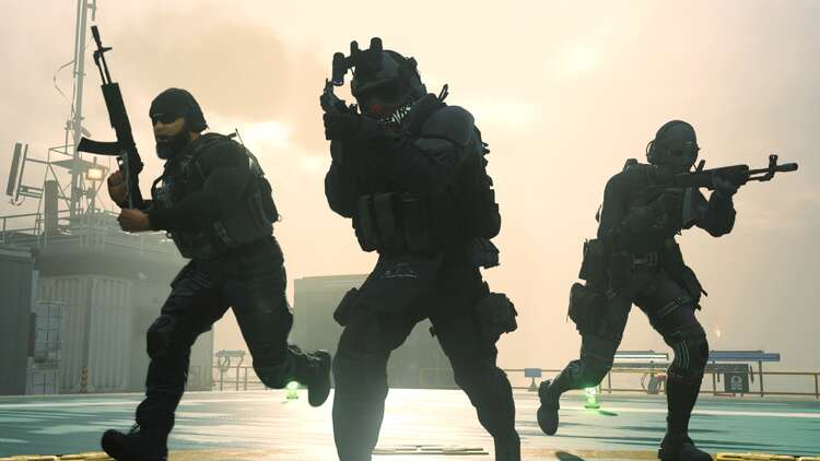 As Call Of Duty Warzone Popularity Explodes Activision Prepares To Reveal Black Ops Cold War Within Its Battle Royale Eurogamer Net