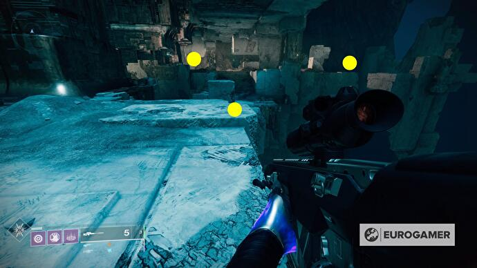 destiny_2_vault_of_glass_oracles_right
