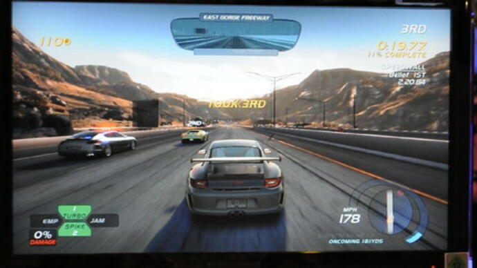 Need for Speed: Hot Pursuit gameplay